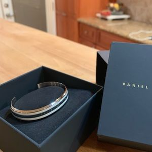 Daniel Wellington Silver Bracelet - Brand New